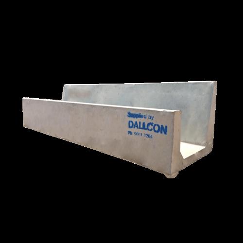 Precast concrete feed trough